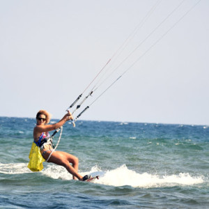 local-warz-kitesurf-frestyle-battle-loutsa-weridelocal-valia2