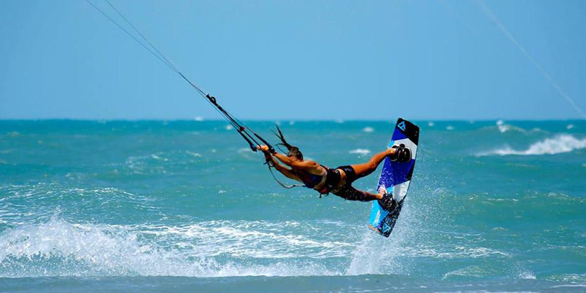 kitesurf-malavita-weridelocal-team-rider-ellie-samoladou-3
