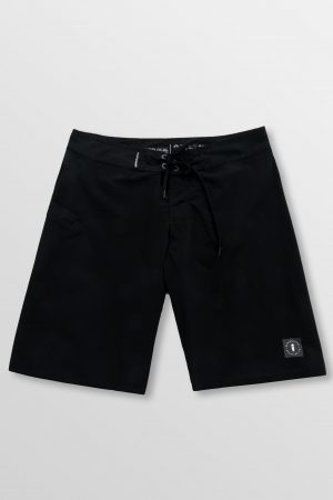 Weridelocal_Blackout_Boardshorts_Swinsuit_Swimwear_4_way_stretch_Quick_dry_UV_50+_Sun_protection_street_athletic_kitesurf_surf_sup_windsurf_SS19_Front